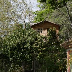 cabane depuis les chambres
